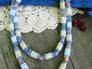 Делаем бусы из джинсовой ткани. Ярмарка Мастеров - ручная работа, handmade.