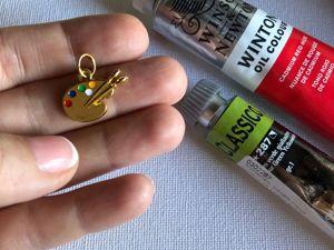 Акция! Кулончик  «Палитра»  в подарок при покупке Ящика для художественных принадлежностей!!. Ярмарка Мастеров - ручная работа, handmade.