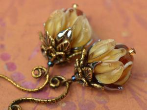 Серьги с золотистыми бутонами. Ярмарка Мастеров - ручная работа, handmade.