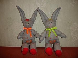 Шьем зайца из колготок. Ярмарка Мастеров - ручная работа, handmade.