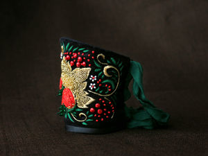 Браслет манжета на заказ Хохломские завитушки. Ярмарка Мастеров - ручная работа, handmade.
