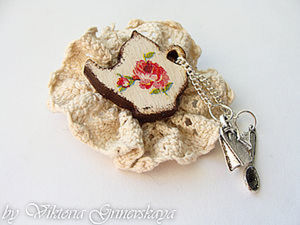Мастер-класс: Романтичная брошка.. Ярмарка Мастеров - ручная работа, handmade.