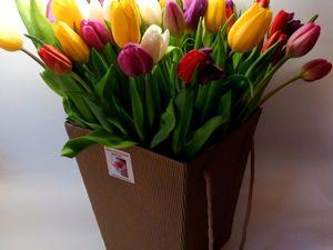 Весенние цветы на 8 марта.С бесплатной сборкой букета и бесплатной флористической упаковкой. Недорого. Ярмарка Мастеров - ручная работа, handmade.