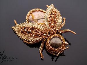 Брошь жук розовое золото с перламутром. Ярмарка Мастеров - ручная работа, handmade.