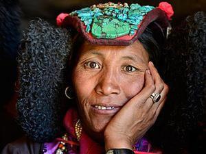 Бирюза и лазурит в головных уборах индийских женщин. Ярмарка Мастеров - ручная работа, handmade.