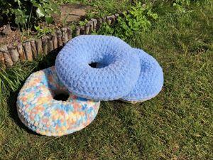 Вяжем подушку-пончик из Alize Puffy Мастер-класс. Ярмарка Мастеров - ручная работа, handmade.