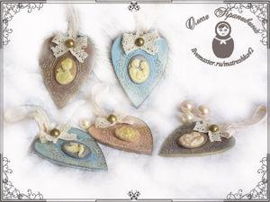 Декорируем сердечки-подвески ко Дню святого Валентина в винтажном стиле. Ярмарка Мастеров - ручная работа, handmade.