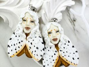 Мотыльки Серьги ручной работы Серьги пусеты белый  песочный. Ярмарка Мастеров - ручная работа, handmade.