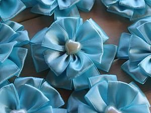 5 Minute DIY Project on Sewing Beautiful Bows out of Satin Ribbons. Livemaster - handmade
