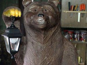 Cutting and Carving a Garden Bear Sculpture. Livemaster - handmade