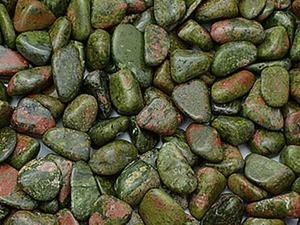 Минералы Кольского полуострова. Самоцветный гранит по имени унакит. Ярмарка Мастеров - ручная работа, handmade.