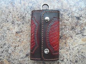 Изготавливаем мужскую кожаную ключницу. Ярмарка Мастеров - ручная работа, handmade.