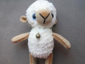 Мастер-класс по созданию маленького вязаного барашка. Ярмарка Мастеров - ручная работа, handmade.