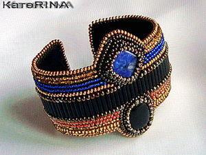 """Вышитый бисером браслет в египетском стиле """"Нехбет"""". Ярмарка Мастеров - ручная работа, handmade."""