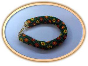 Видео мастер-класс: вяжем крючком браслет-жгут из бисера «Цветочная гирлянда». Ярмарка Мастеров - ручная работа, handmade.