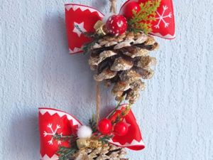 Christmas Decoration made of Pine Cones. Livemaster - handmade