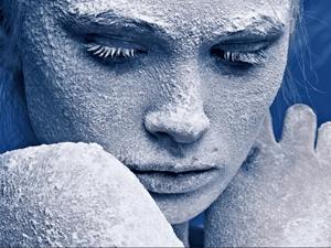 Спасение замёрзшей женщины. Ярмарка Мастеров - ручная работа, handmade.