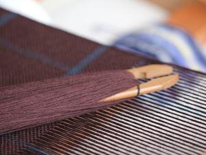 Это последний темный шарф в этом зимнем сезоне. Ярмарка Мастеров - ручная работа, handmade.