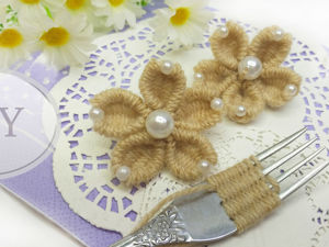 Мастерим цветы из пряжи при помощи вилки. Вариант 3. Ярмарка Мастеров - ручная работа, handmade.
