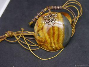 По вашему желанию мы можем просверлить отверстие в наших камнях. Ярмарка Мастеров - ручная работа, handmade.