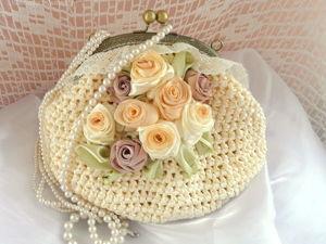 Создаем сумочку из атласных лент с вышивкой. Ярмарка Мастеров - ручная работа, handmade.