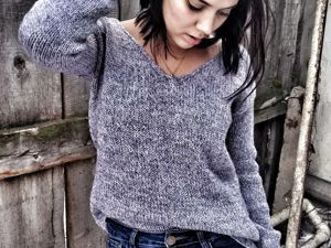 Пуловер спицами  «Красота в простоте». Ярмарка Мастеров - ручная работа, handmade.