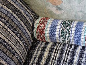 Делаем чехол из тканого коврика для валика. Ярмарка Мастеров - ручная работа, handmade.
