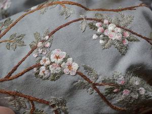 Детали вышивки на платье Магды. Ярмарка Мастеров - ручная работа, handmade.