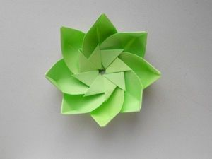 Уроки оригами: цветок из бумаги. Ярмарка Мастеров - ручная работа, handmade.