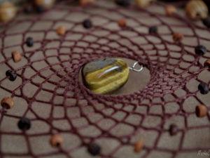Камни в ловце снов. Тигровый глаз. Ярмарка Мастеров - ручная работа, handmade.