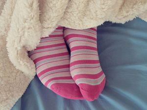 Стоит ли надевать носки на ночь. Ярмарка Мастеров - ручная работа, handmade.