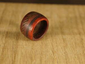 Как сделать деревянное кольцо «Экзотика»: видео мастер-класс. Ярмарка Мастеров - ручная работа, handmade.