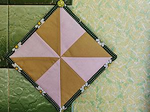 """Сборка лоскутного блока """"Вертушка"""". Ярмарка Мастеров - ручная работа, handmade."""