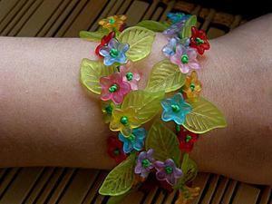 Делаем милый браслетик «Цветочная полянка». Ярмарка Мастеров - ручная работа, handmade.