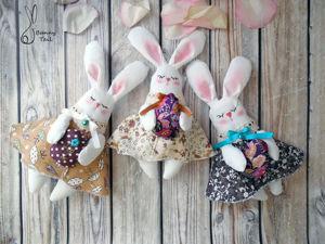 Шьем милых кроликов к Пасхе. Ярмарка Мастеров - ручная работа, handmade.
