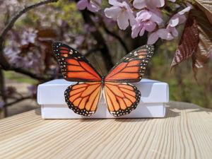Видеообзор Бабочка Монарх Украшение из шёлка. Ярмарка Мастеров - ручная работа, handmade.