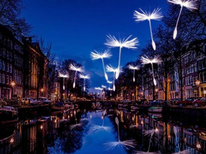 More Expressive Than Any Words: Annual Light Festival in Amsterdam. Livemaster - handmade