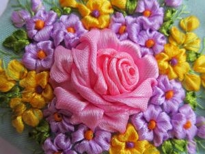 Video Tutorial: Embroidering a Rose with Satin Ribbons. Livemaster - handmade