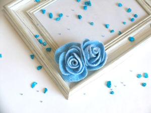 Валяная брошь «Голубая роза». Ярмарка Мастеров - ручная работа, handmade.