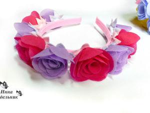 Как сделать розы из флизелина и ободок для волос с цветами: видеоурок. Ярмарка Мастеров - ручная работа, handmade.