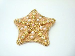 Embroidering a Starfish Brooch with Swarovski Pearls and Beads. Livemaster - handmade