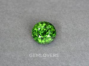 Натуральный зеленый циркон — видео камня. Ярмарка Мастеров - ручная работа, handmade.