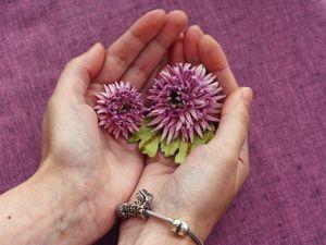 Делаем розовую хризантему из кожи. Ярмарка Мастеров - ручная работа, handmade.