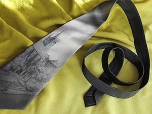 Бесконтурная роспись шелкового галстука. Ярмарка Мастеров - ручная работа, handmade.