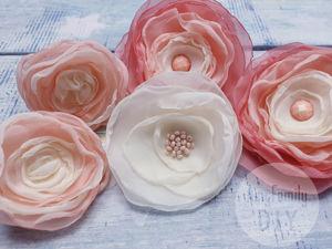 Видео мастер-класс для начинающих: делаем цветы из ткани. Ярмарка Мастеров - ручная работа, handmade.
