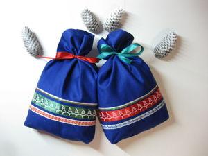 Легкий пошив мешочков с атласными лентами к Новому году и Рождеству. Ярмарка Мастеров - ручная работа, handmade.