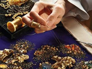 Secrets of Haute Couture Craftsmanship or Learn to Embroider from Professionals. Livemaster - handmade