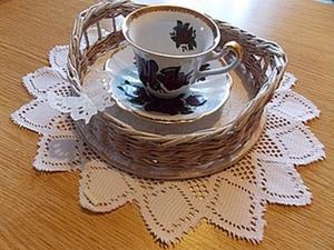 Выполнение ручек на плетеном подносике .. Ярмарка Мастеров - ручная работа, handmade.
