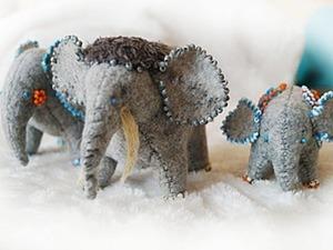 Слоники на счастье из фетра. Ярмарка Мастеров - ручная работа, handmade.
