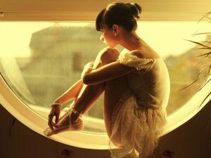 Больше всего женщины любят быть несчастными. Даже если они счастливы. Ярмарка Мастеров - ручная работа, handmade.